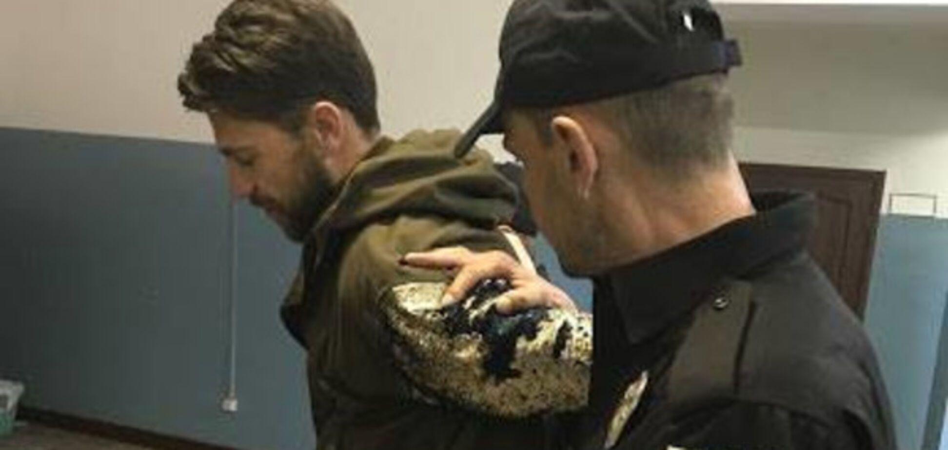 'Этот позор страны': оголившего зад на 'Евровидении' мужика посадили в СИЗО. Фотофакт
