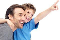 Вчені: діти розумних батьків мають більш високий ризик аутизму