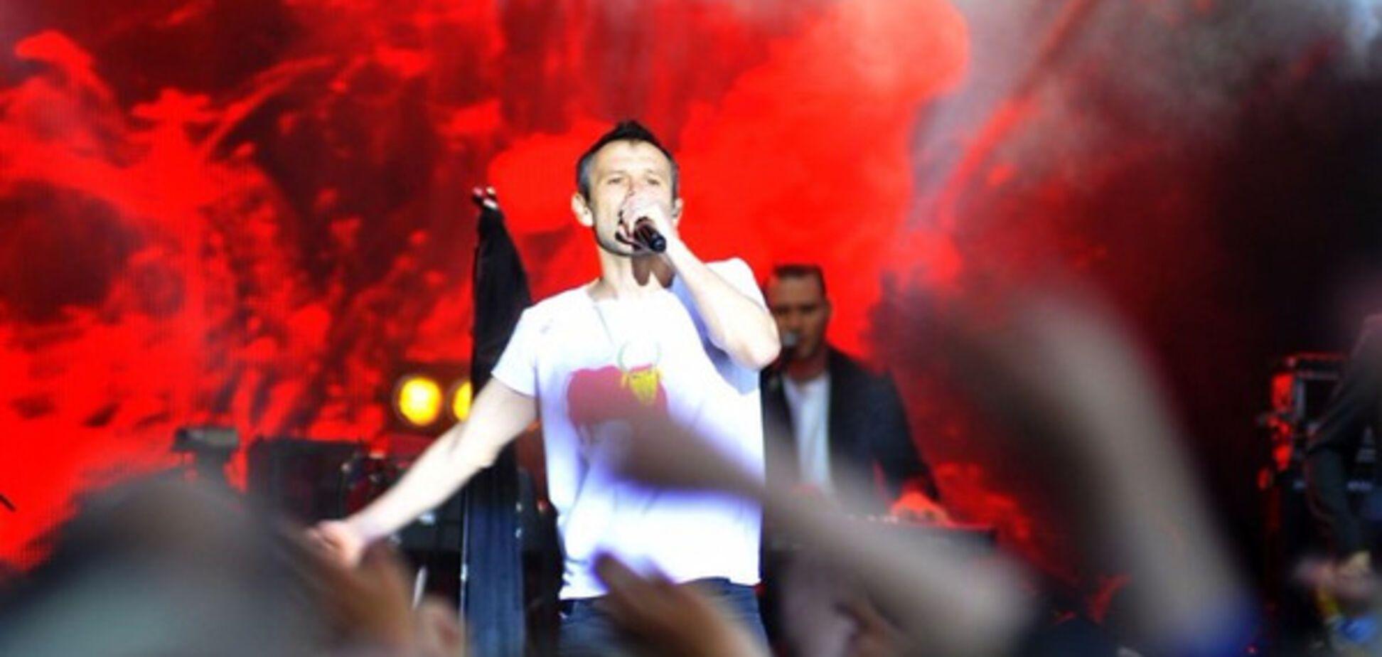 'Будьте впевненими і разом': Вакарчук присвятив пісню жертвам теракту в Манчестері