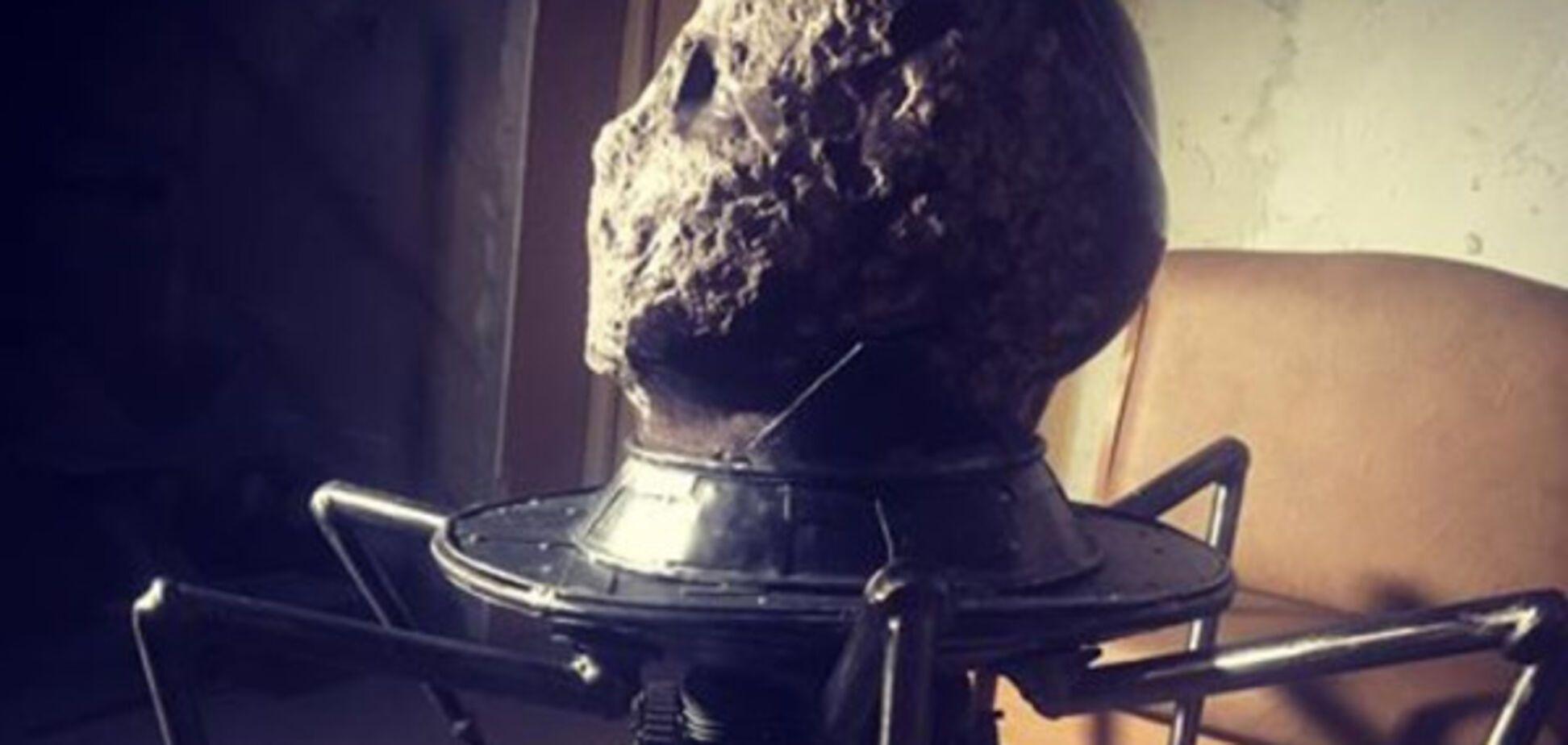 голова из памятника Ленину