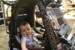 Отец создал для детей машинки, вдохновившись просмотром фильма 'Безумный Макс'