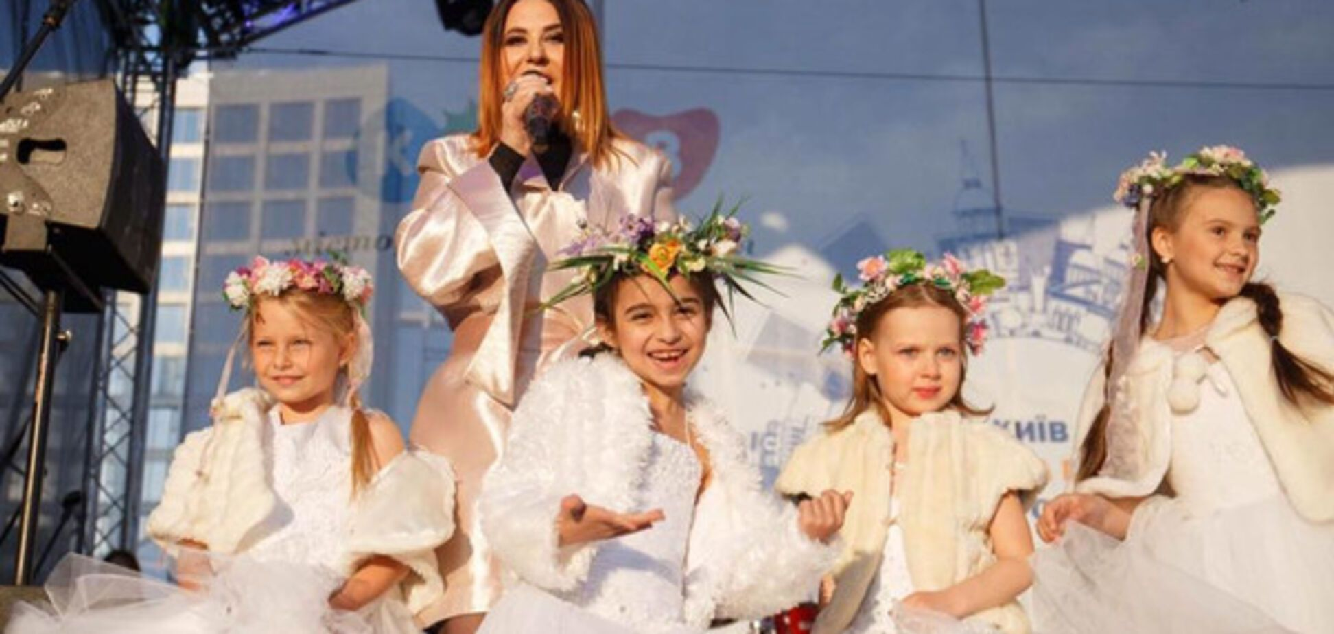 Росія вбиває: звернення відомої співачки до українців вразило мережу