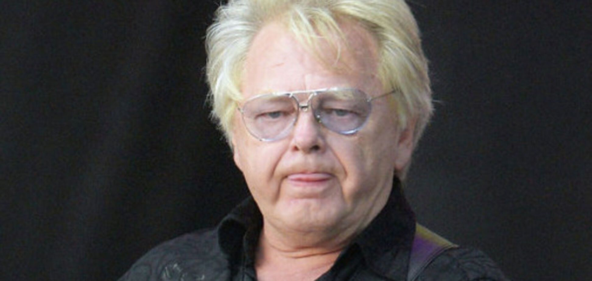 'Бес и его попутал': исполнитель 'Берегите женщин' попал в 'чистилище' 'Миротворца'