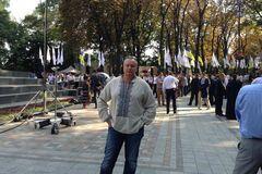 Не тільки Артеменко: Порошенко забрав громадянство України у Саші Боровика