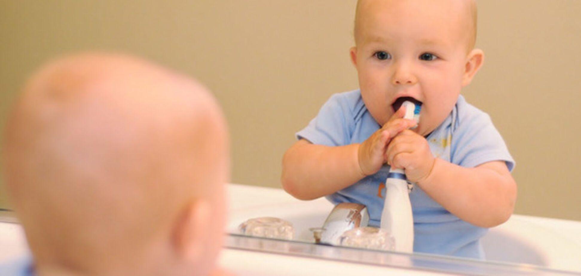 Комаровський розвіяв популярний міф про прорізування зубів