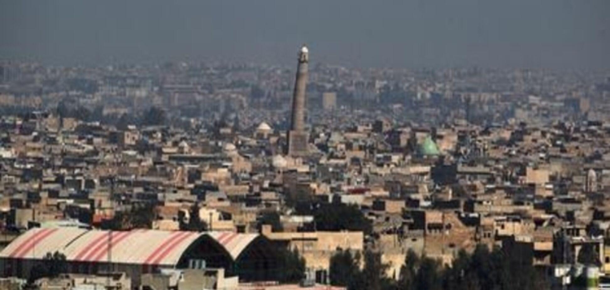 'Історичний злочин': терористи ІДІЛ знищили одну з найдавніших мечетей в Іраку