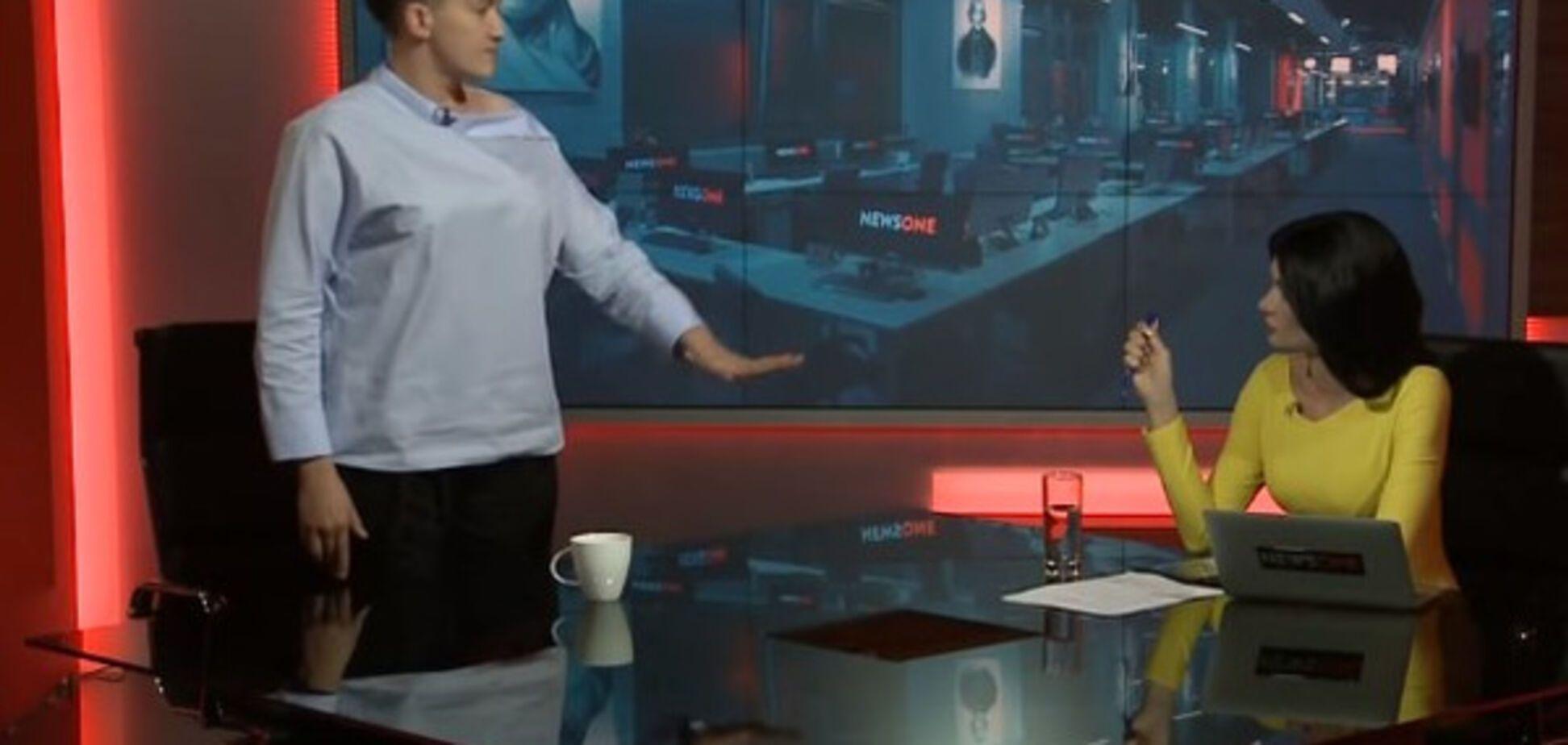 'Жест победителей': Савченко пояснила, кому показывала средний палец в Раде