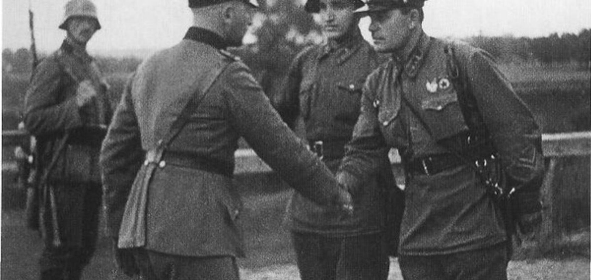 Советские и немецкие солдаты