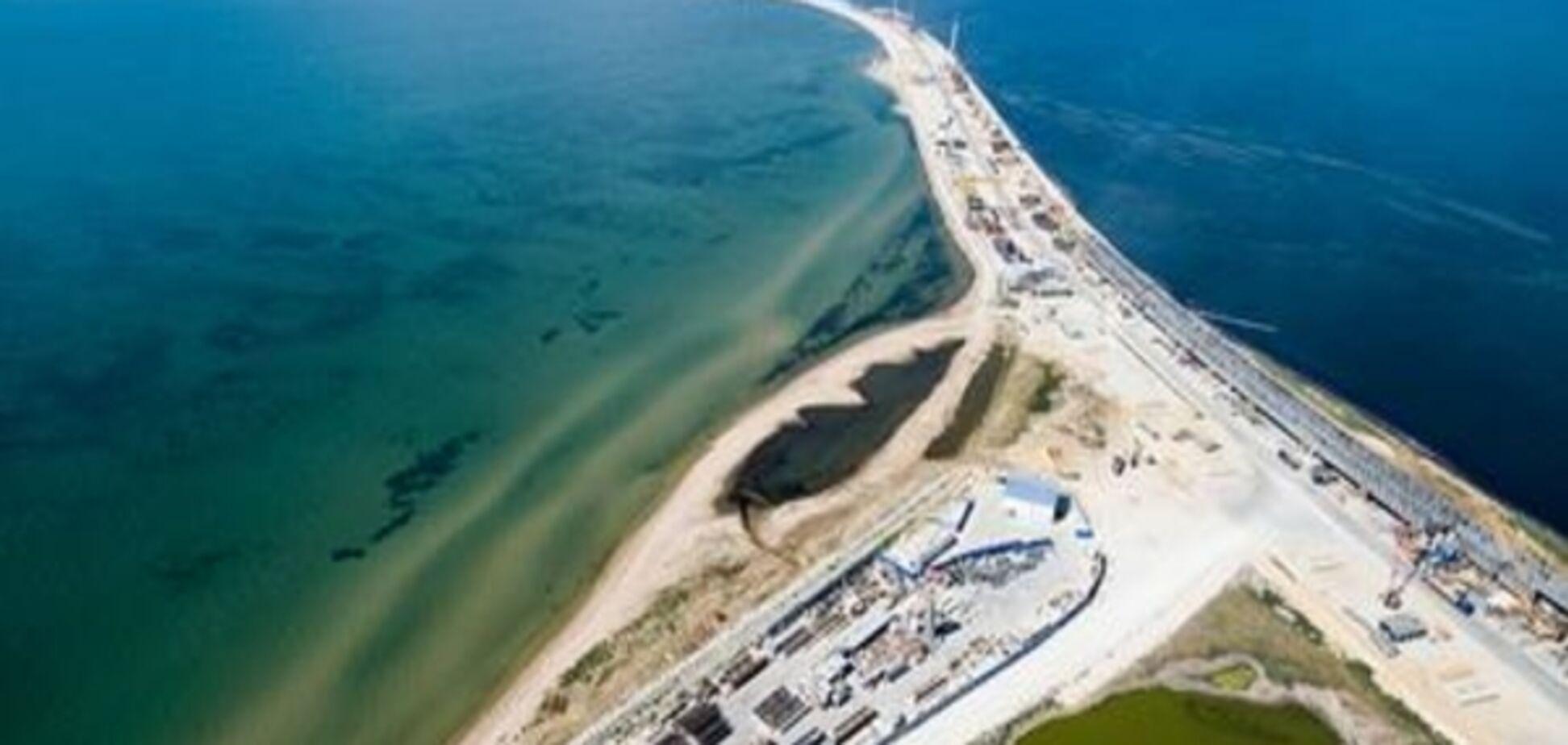 Нова загроза Україні через Керченський міст: у Кабміні почали бити на сполох