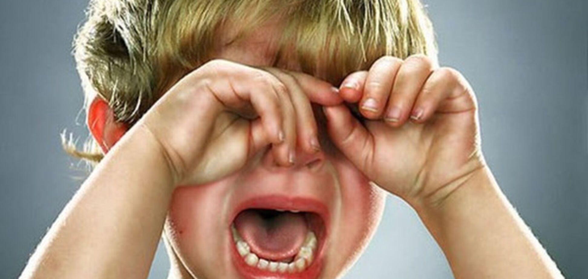 Детская истерика: как правильно реагировать родителям