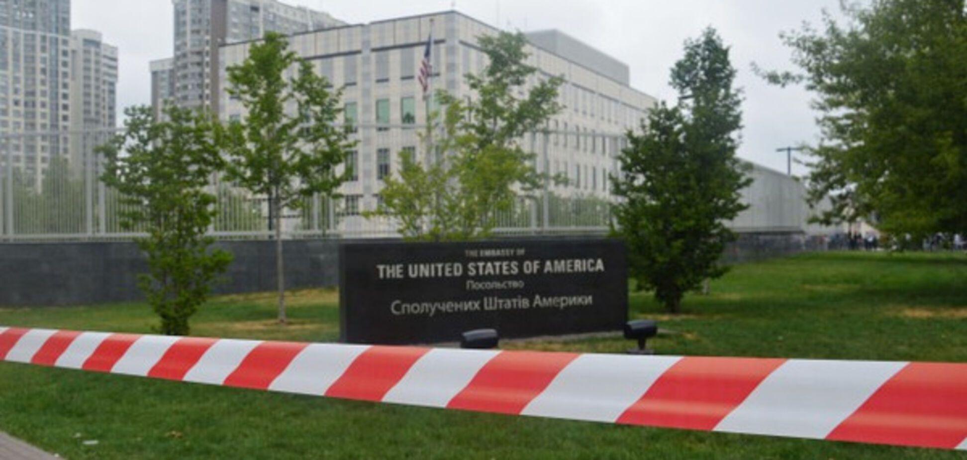 Вибух біля посольства США в Києві: у поліції повідомили нові деталі