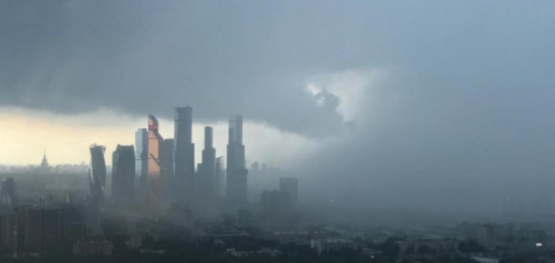 Буря в Москве