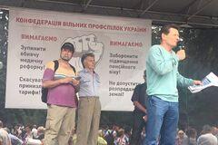 Отменить медреформу: профсоюзы Волынца передали свои требования в Раду