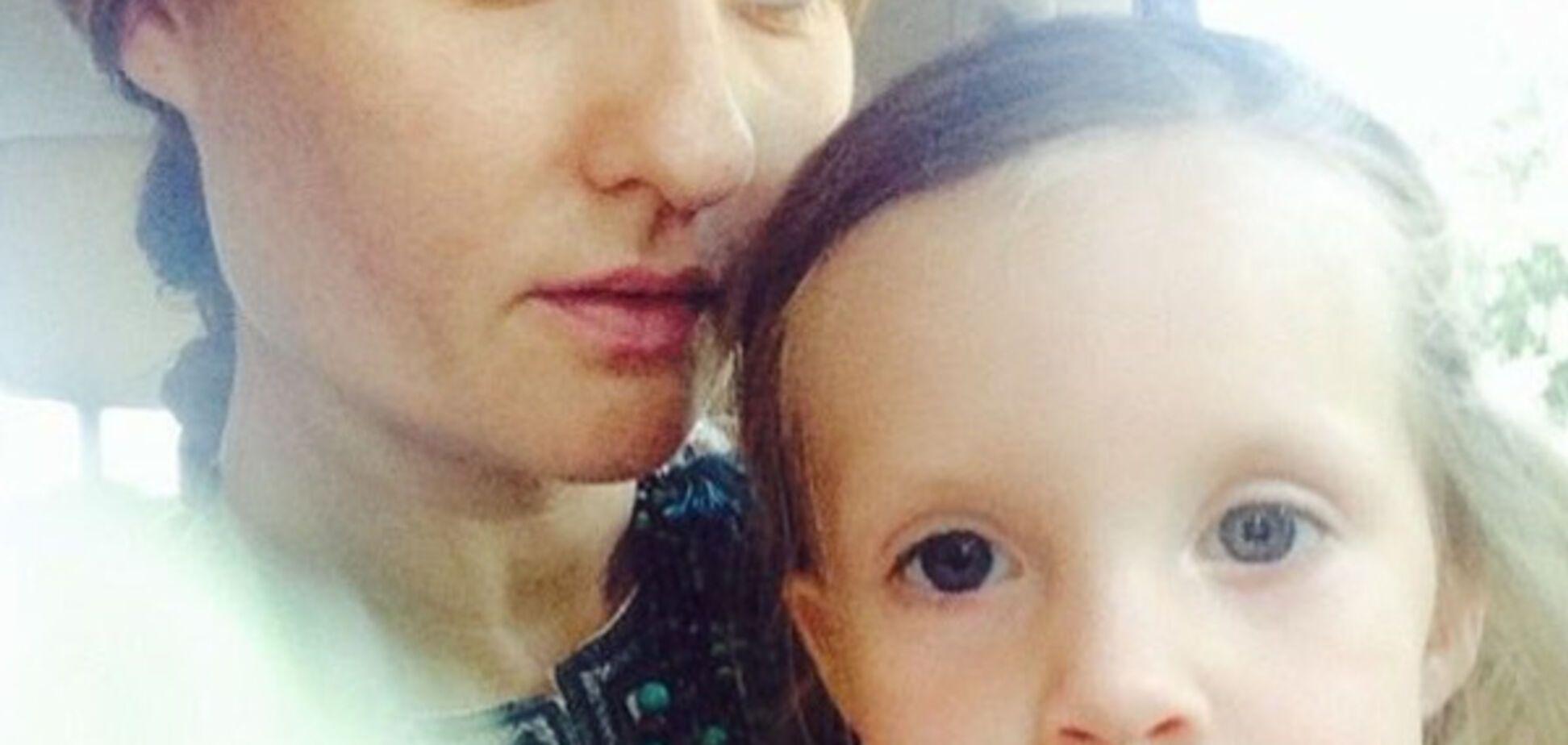 Бывший замминистра МЧС, друг Азарова, выкрал дочь: прошу защиты
