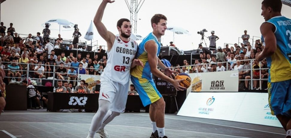Украина драматично проиграла в четвертьфинале Кубка мира по баскетболу