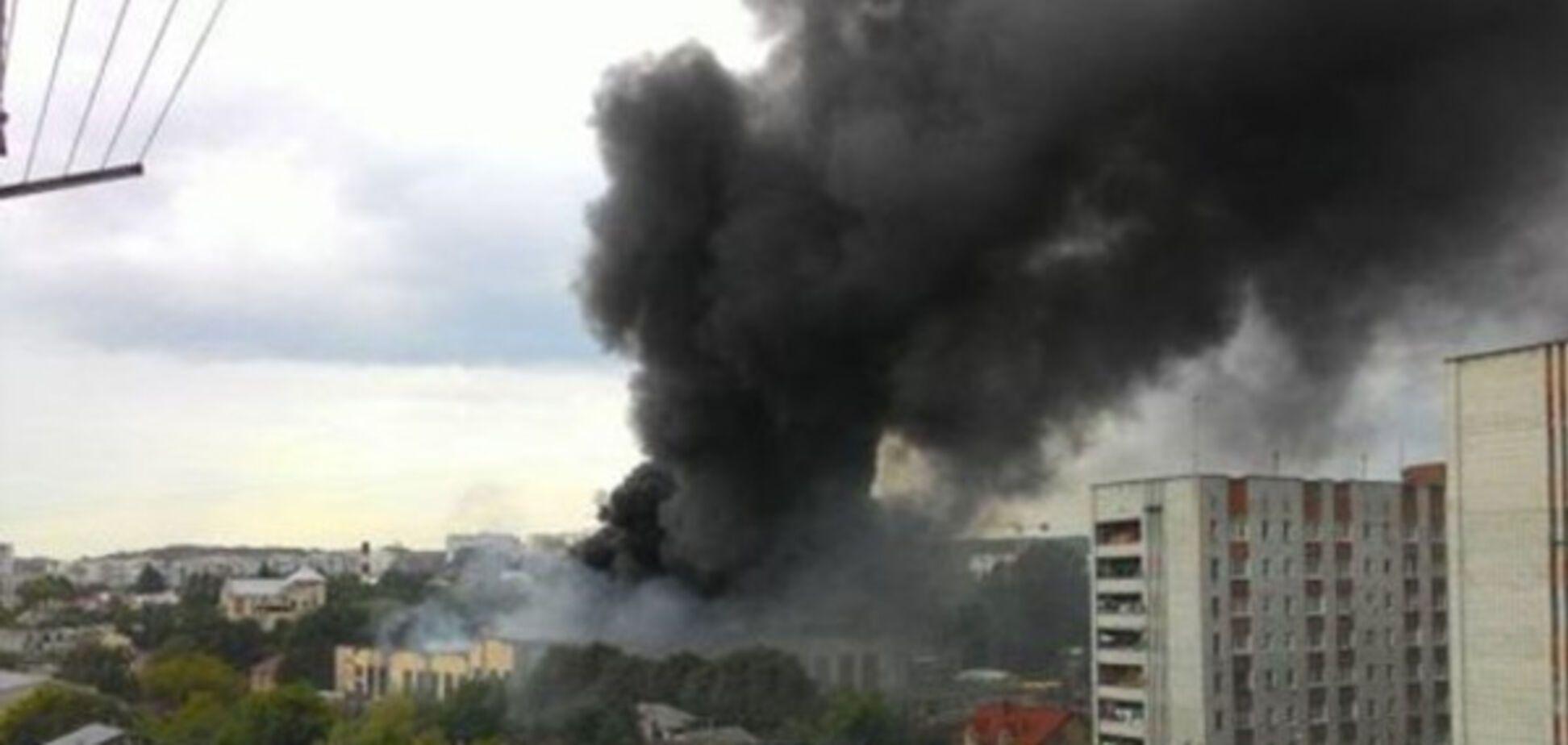 Пожар на заводе во Львове