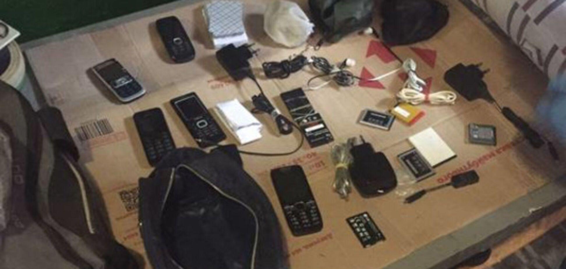 Руководство Полтавского СИЗО организовало банду телефонных мошенников