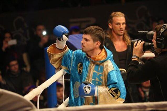 Знаменитый украинский боксер возвращается в ринг: назван соперник и дата боя