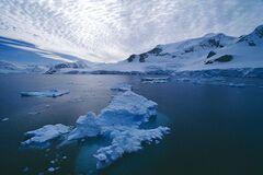 Під льодами Антарктиди виявлена знахідка, яка може загрожувати всьому людству
