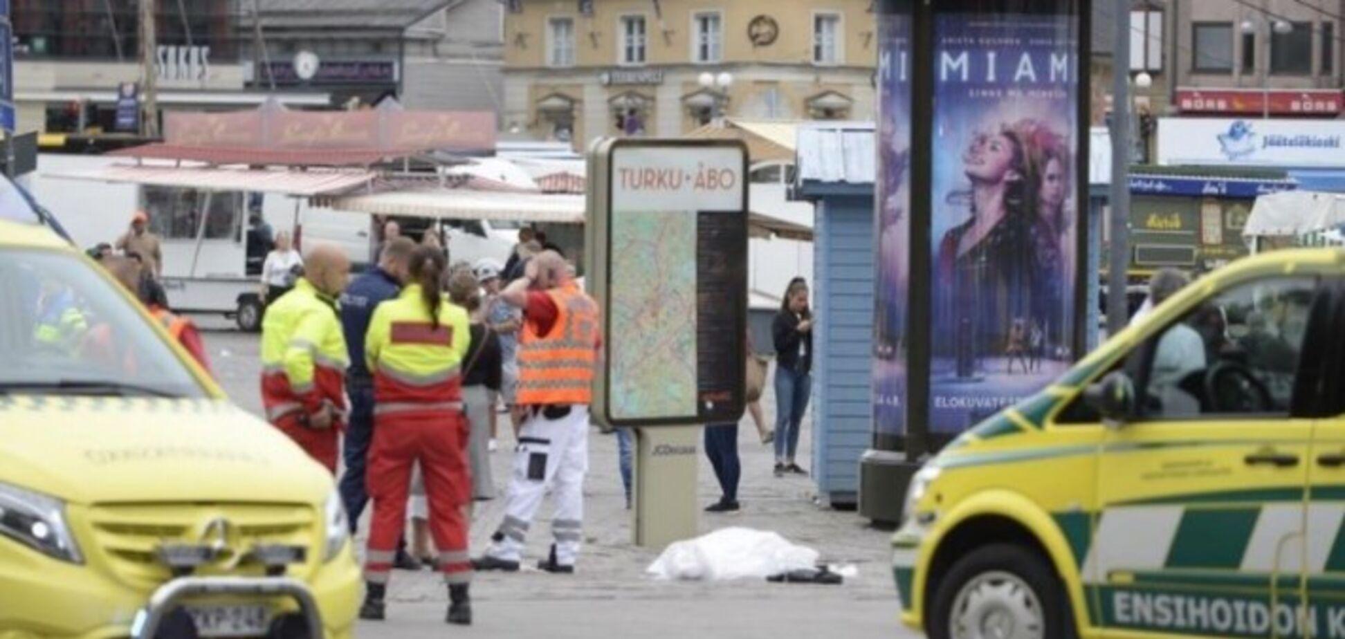 У Фінляндії чоловік влаштував різанину посеред вулиці: опубліковані фото і відео