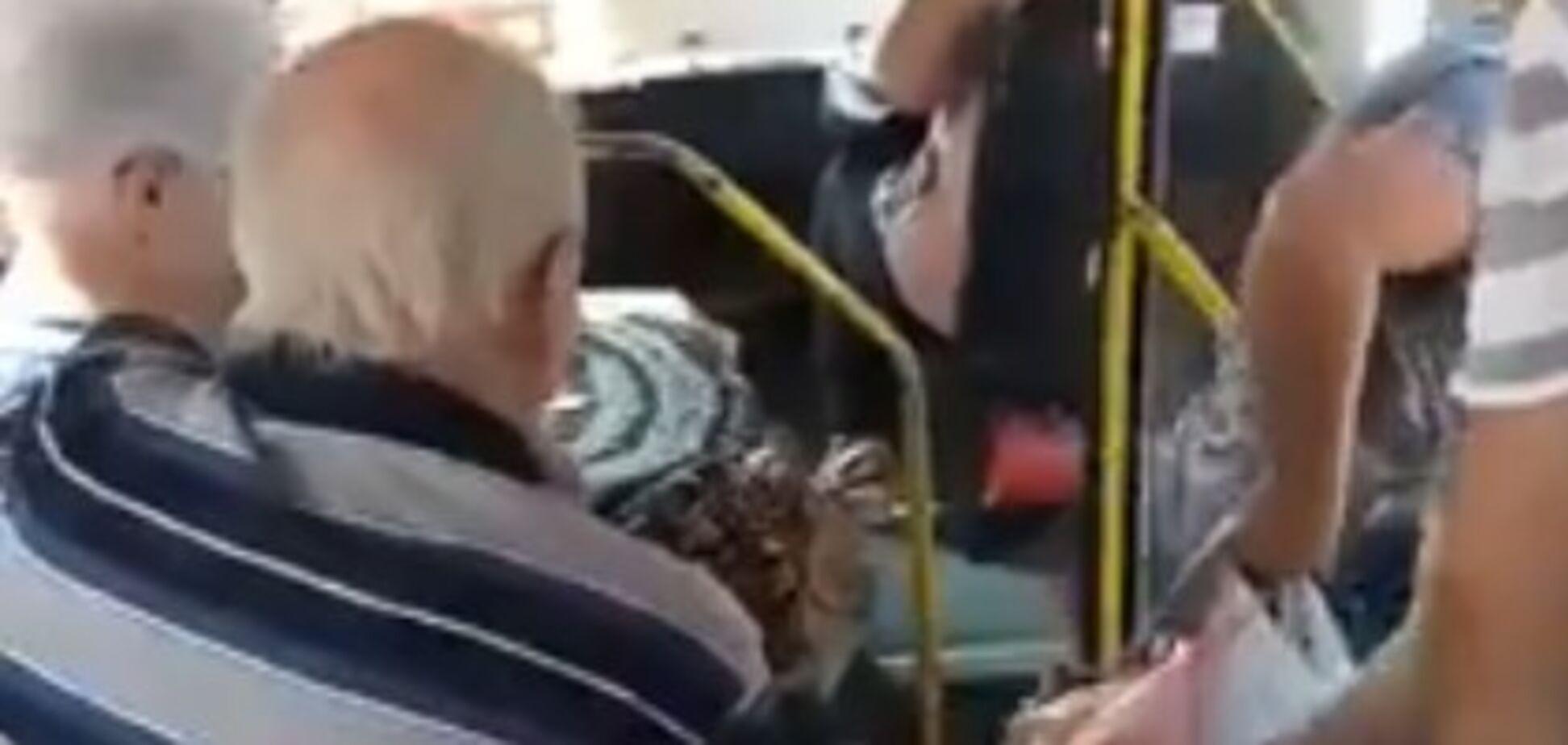 Одержимий водій одеської маршрутки нажахав пасажирів: опубліковано відео