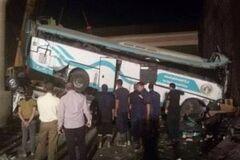 В Египте в жутком ДТП разбился автобус с туристами: десятки погибших и раненых