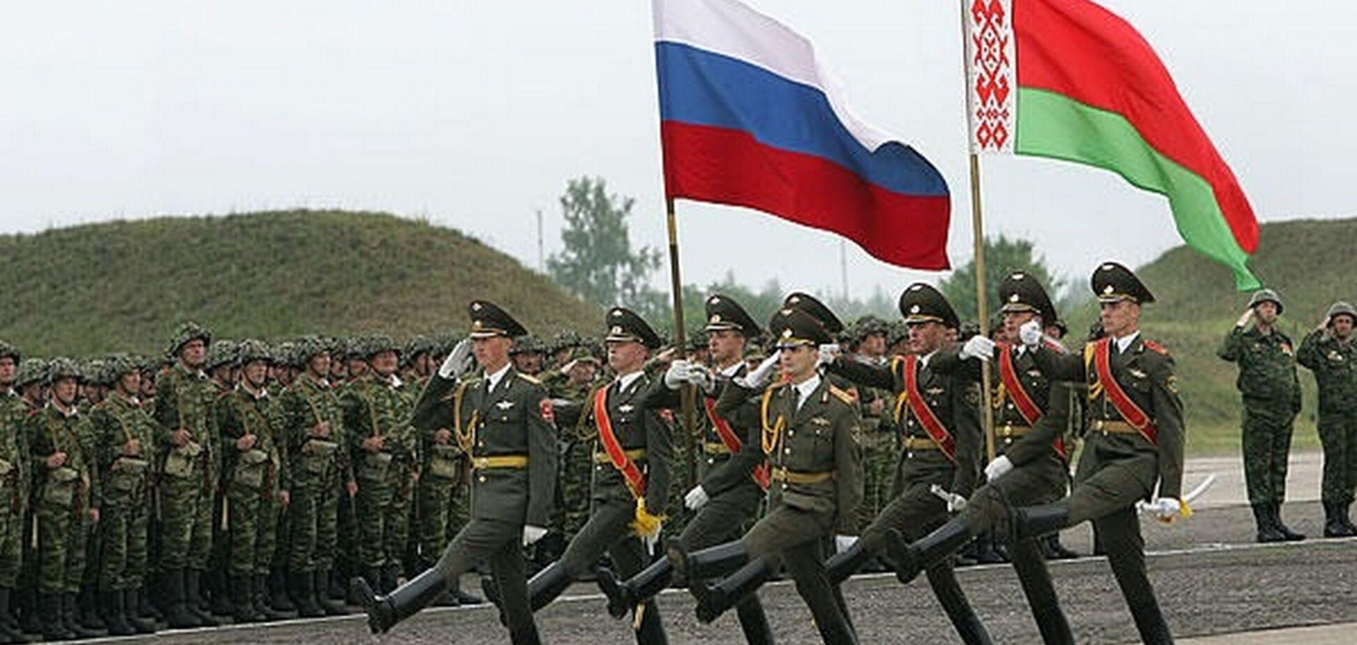 Скинуть Лукашенко и повторить Донбасс: названы главные опасности учений 'Запад-2017'