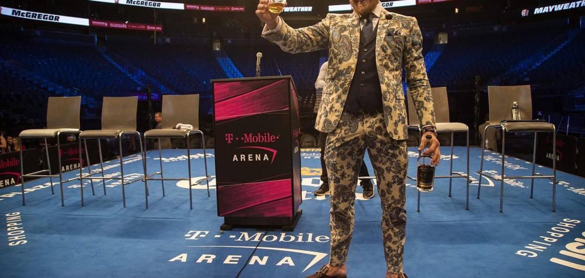 'Адский боксер'. МакГрегор сделал итоговое заявление после поражения от Мейвезера, собрав 2 млн 'лайков'