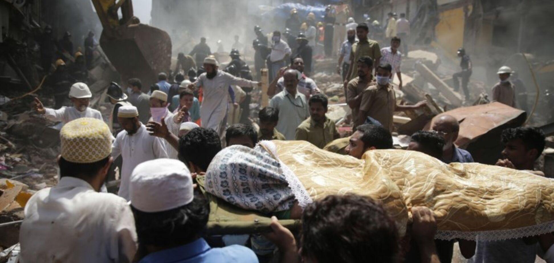 У Мумбаї обрушилася будівля: є жертви і постраждалі