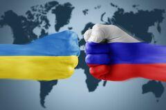 Війна на всіх фронтах: у Кабміні назвали головні 'гібридні загрози' Росії