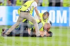 Матч за Суперкубок УЕФА завершился разборками на поле из-за Путина: опубликованы фото