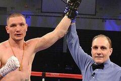 Известный украинский боксер получил в соперники побитого россиянина: названа дата боя