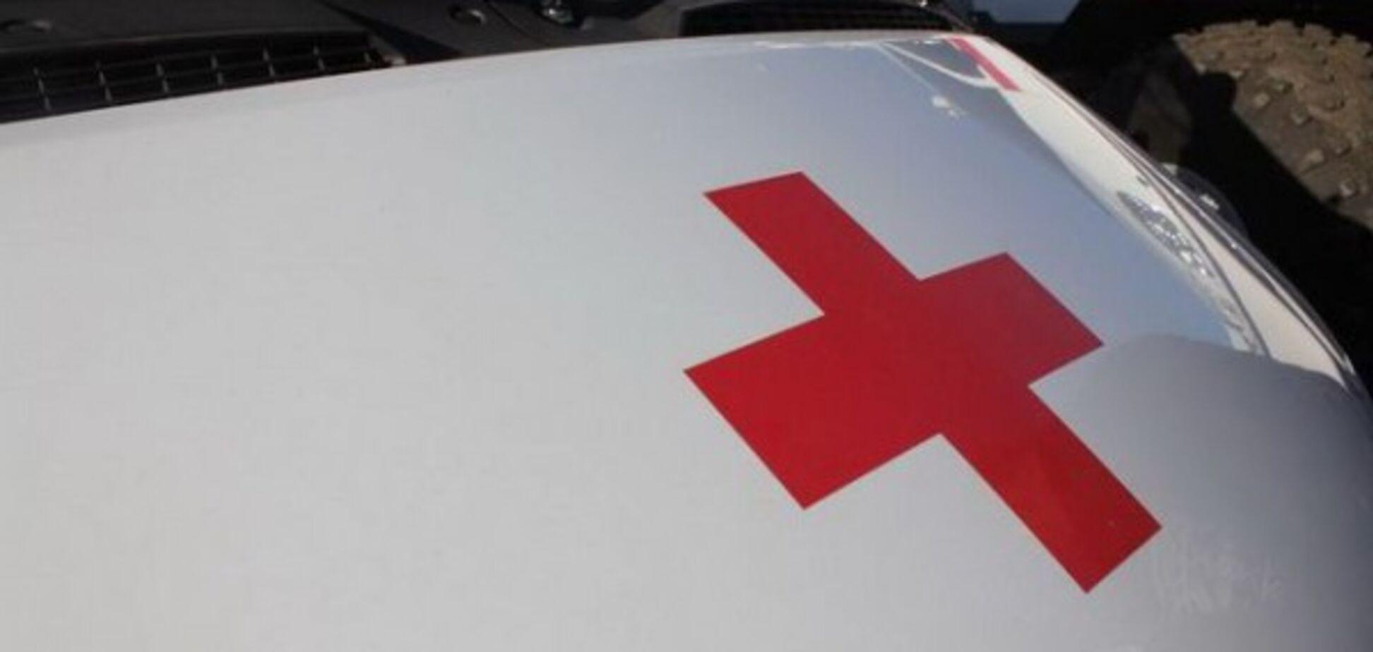 Не поділили двір: в Івано-Франківську бійці АТО розбили жінці ніс