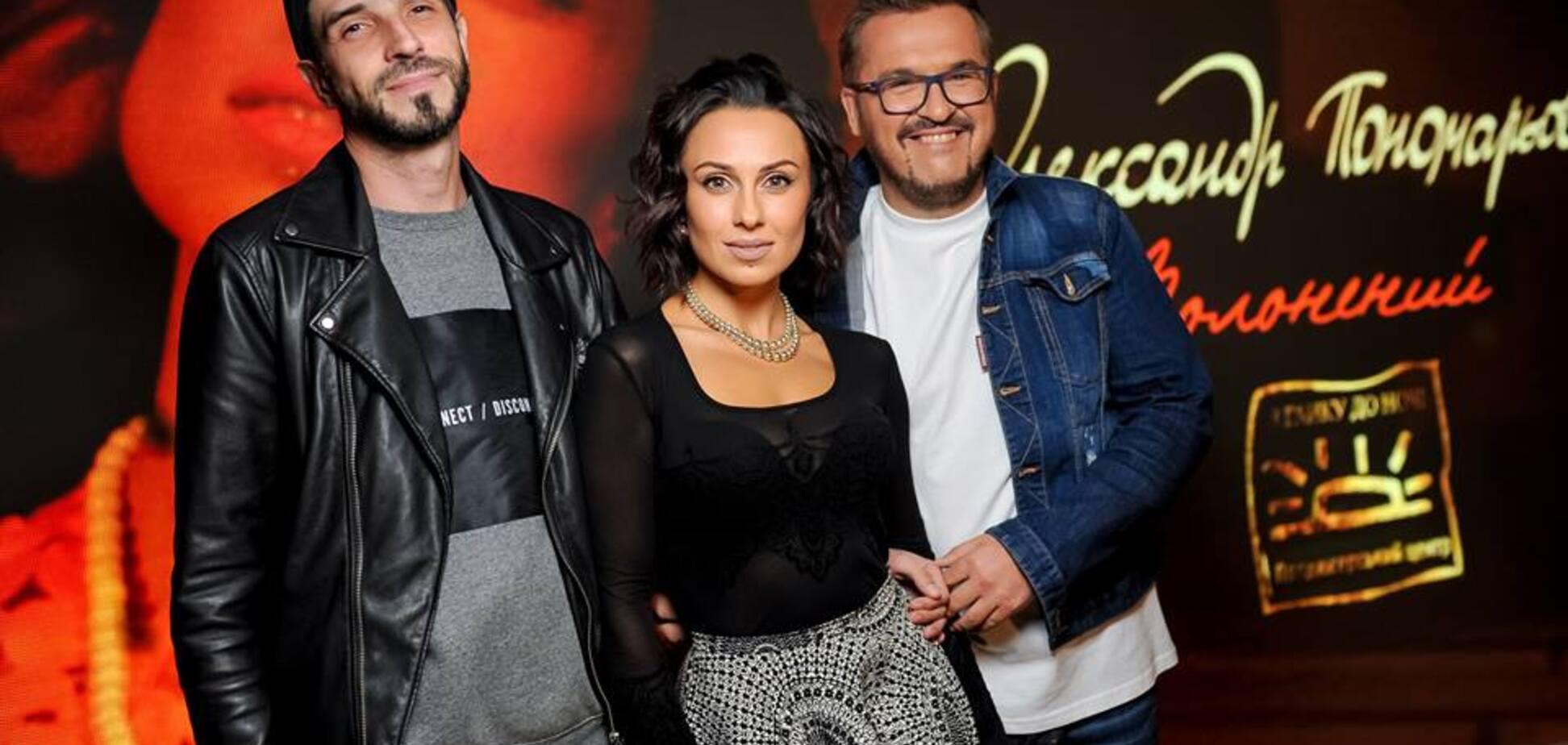 'Гинуть діти, не до пісень було': український співак підкорив мережу чуттєвим кліпом