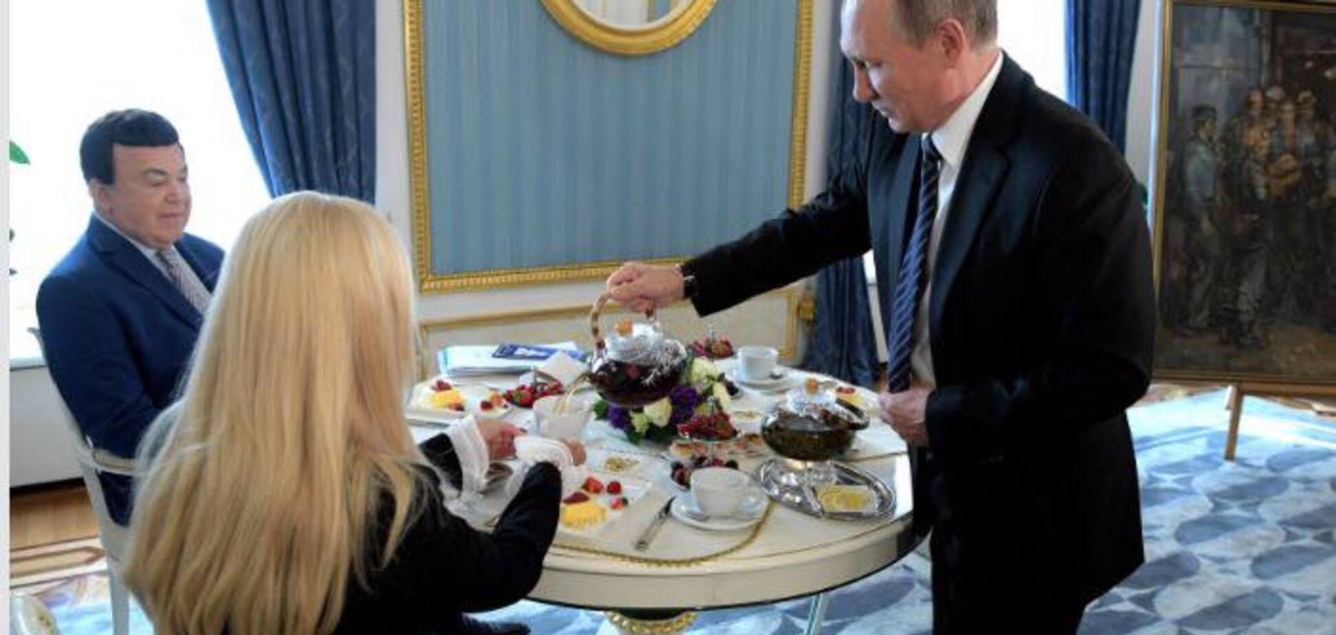 'Не хочу лякати, але ...' Чаювання Кобзона і Путіна спантеличило мережу