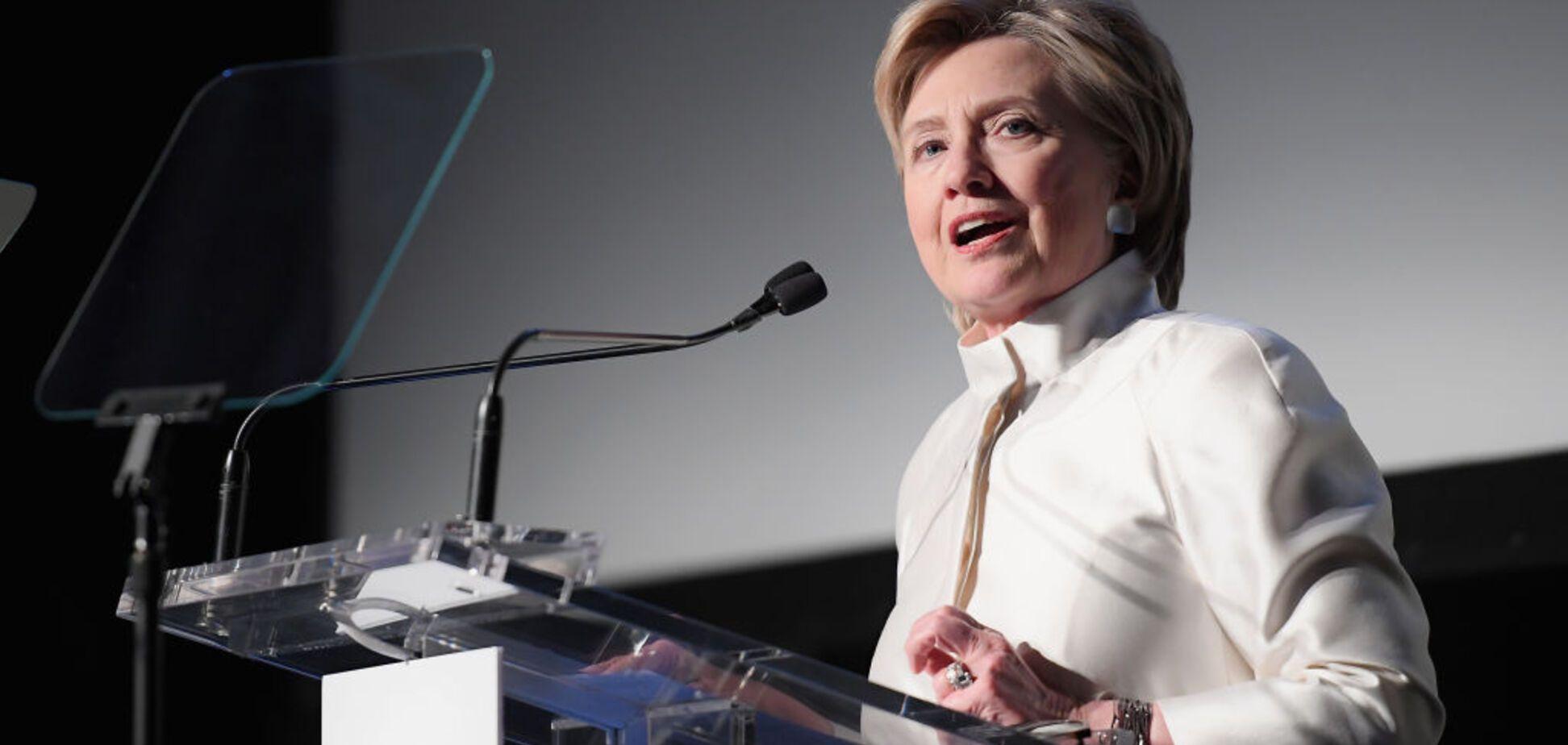 'Не сомневаюсь': Клинтон обвинила Путина в помощи Трампу во время выборов
