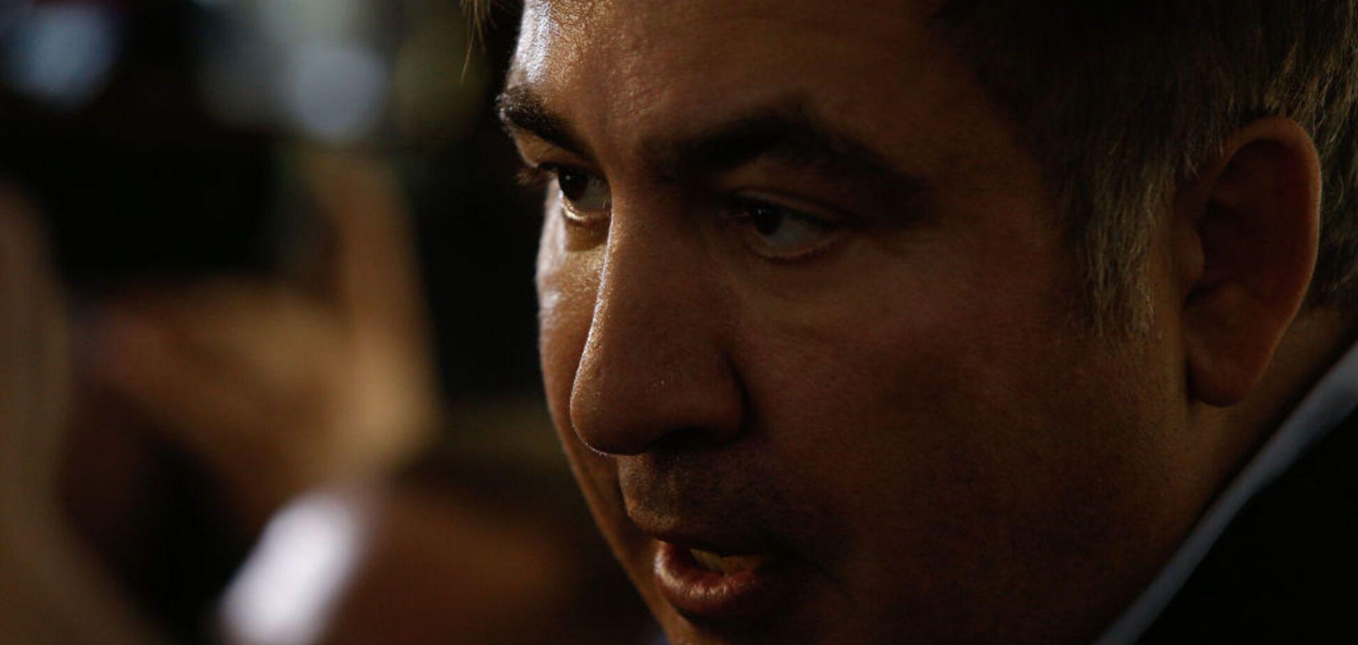 'Принесли утром': Саакашвили 'нашел' пропавший паспорт