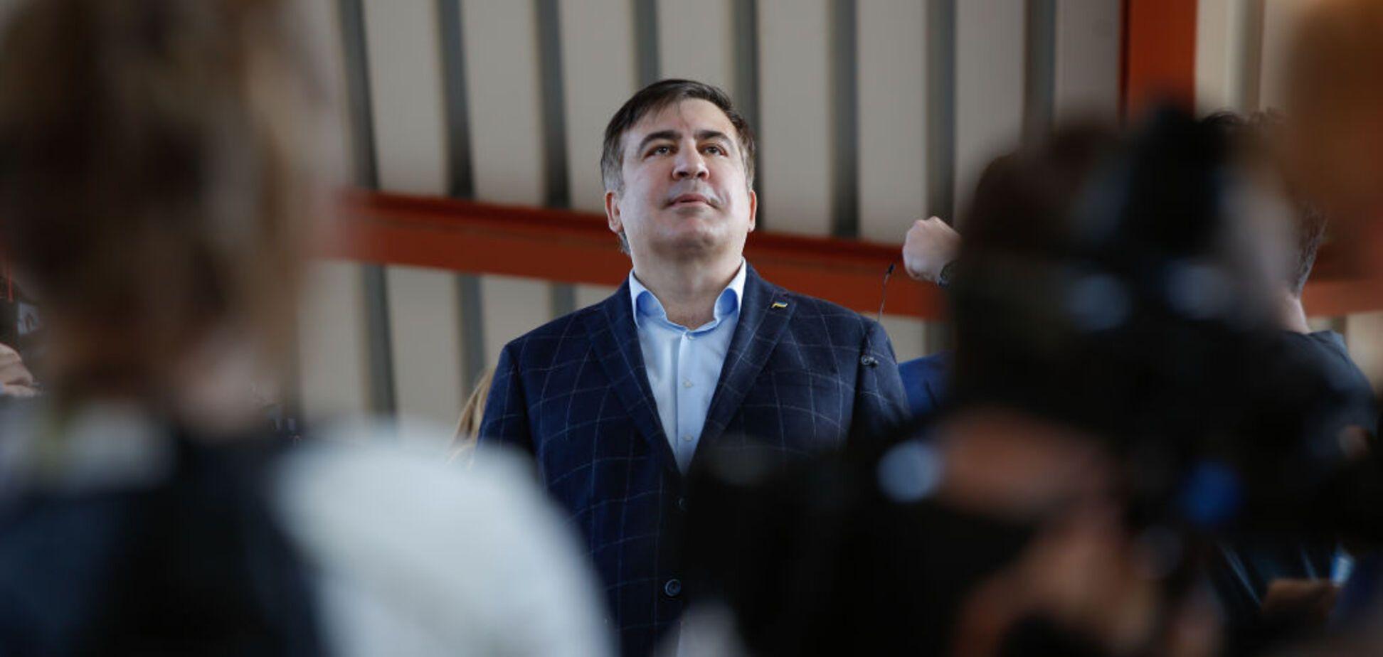 Визит правоохранителей к Саакашвили: адвокат рассказал подробности