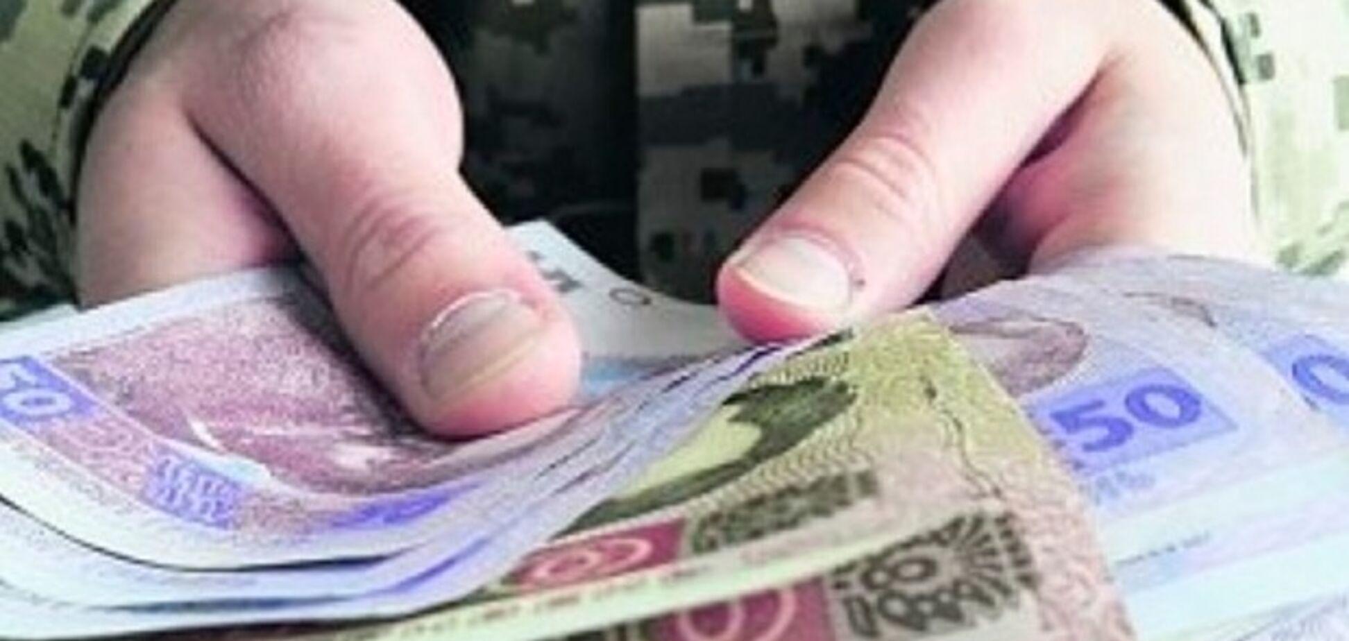 За месяц в АТО — 17 тыс. гривен: Минобороны в разы увеличило выплаты солдатам ВСУ