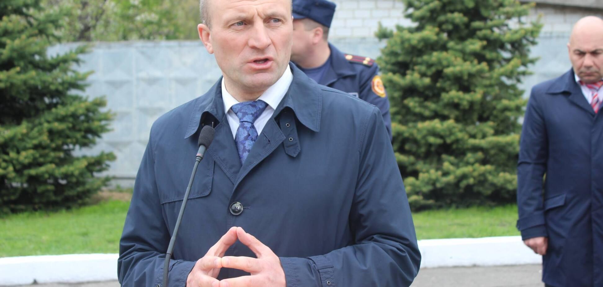 В Черкассах собрали голоса за отставку мэра из-за 'интриг и подковерных игрищ'