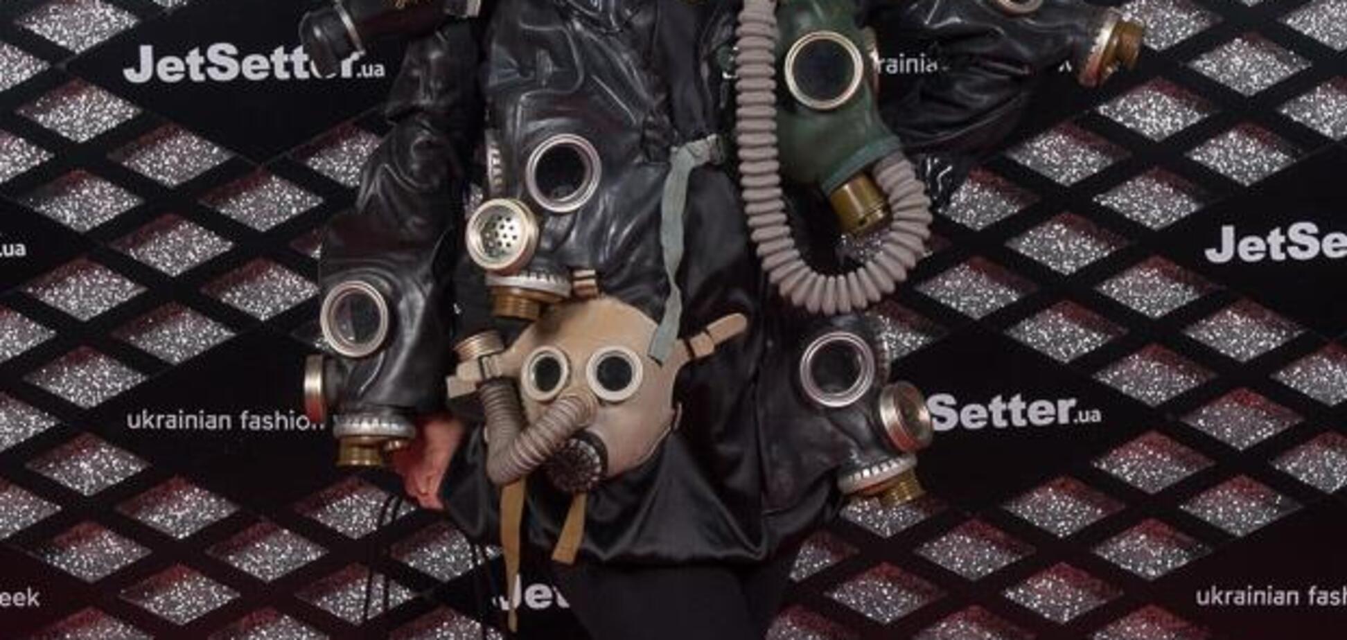 Неоновые демоны, будуар-стайл и топ-поп: в сети высмеяли модников Ukrainian Fashion Week