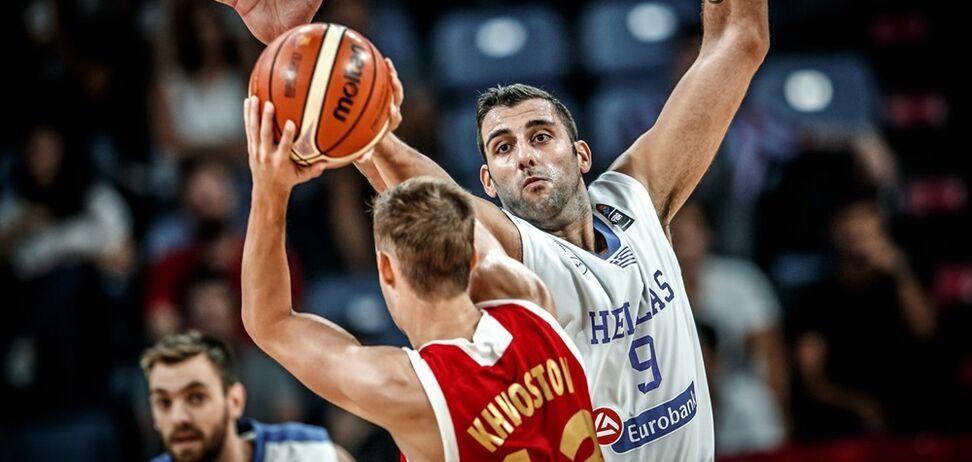 Росія вийшла в півфінал чемпіонату Європи з баскетболу