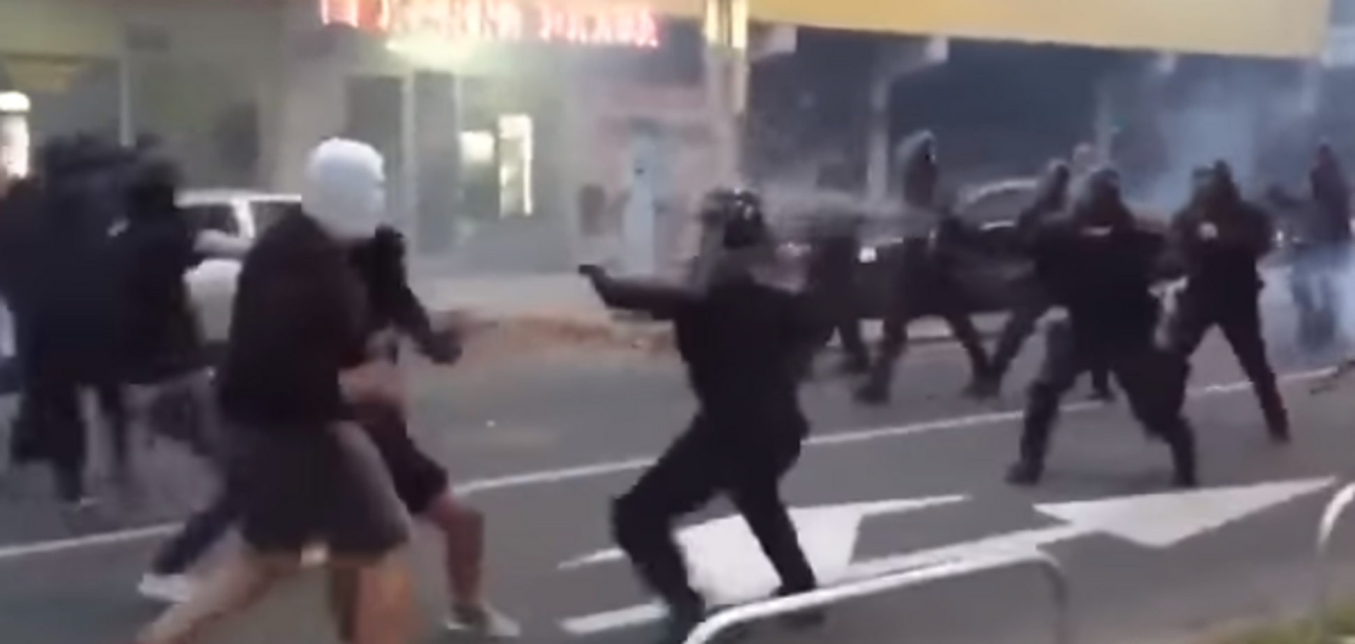 Ліга чемпіонів: ультрас 'Спартака' влаштували масову бійку з поліцією