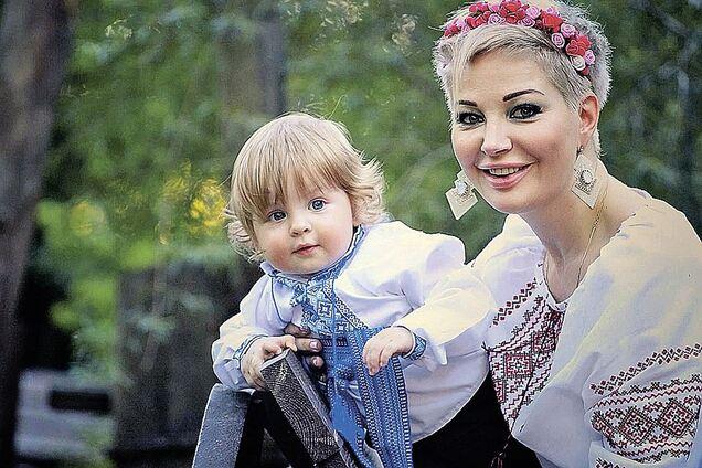 Больше, чем над русскими, в России не издевались ни над одним народом - Максакова