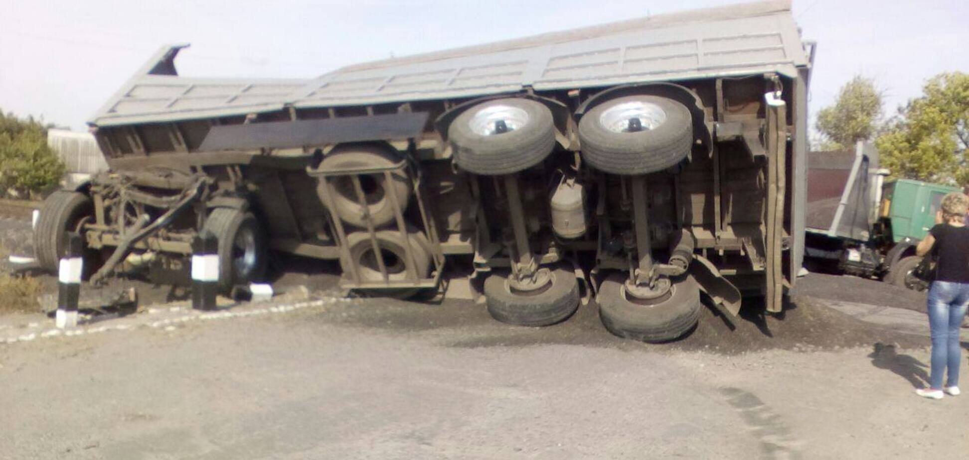 Масштабное ДТП под Харьковом: электричка протаранила 'КАМАЗ'
