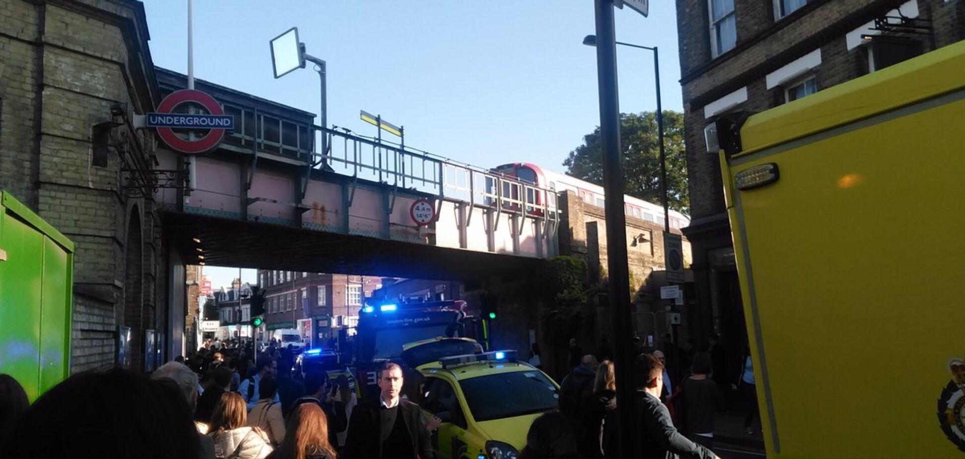 Вибух у метро Лондона: з'явилися фото і відео