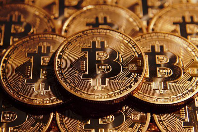 Bitcoin - не москаль, або Чому треба обговорювати кріптовалюти