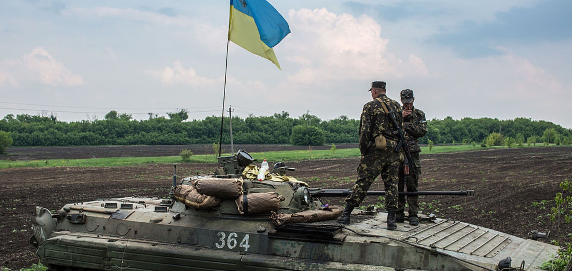 Ситуация в АТО обострилась: есть раненый среди украинских военных