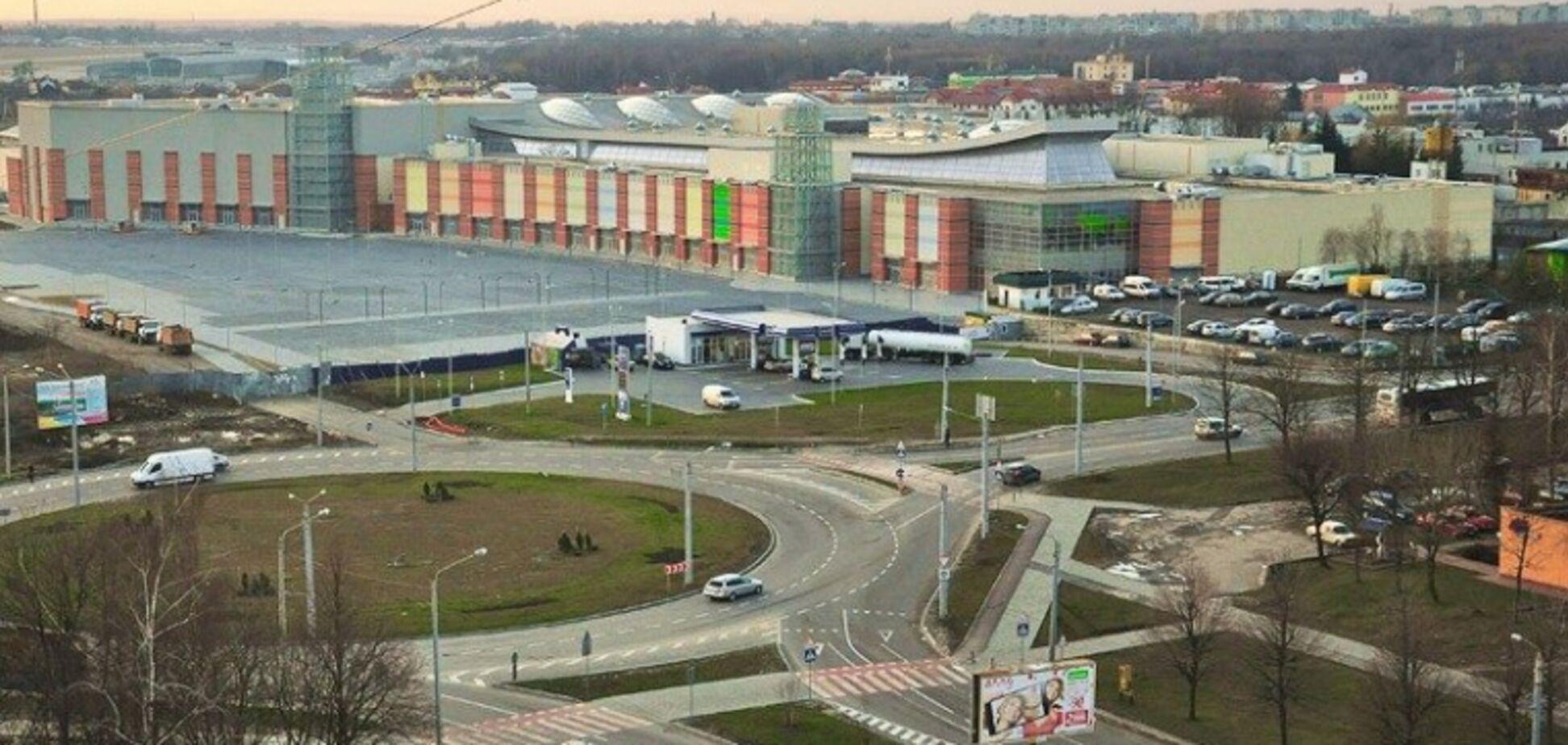 Рейдерская атака во Львове: в ТРЦ Victoria Gardens не исключили новой попытки захвата