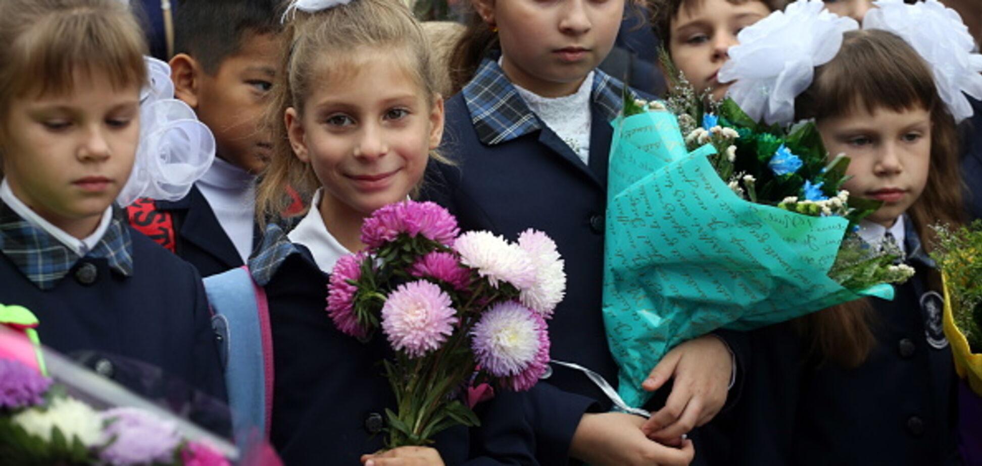 Оккупанты облажались: в сети рассказали о скандале в Донецке из-за 'гимна ДНР' в школах